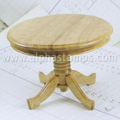 Round Oak Table*