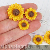 Resin Sunflower Cabs - Set of 3