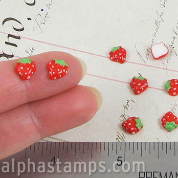 Tiny Resin Strawberries Cabochons