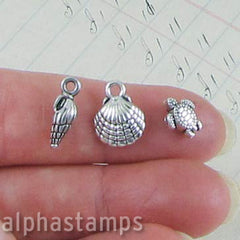 Tiny Sea Creatures Charm Set*