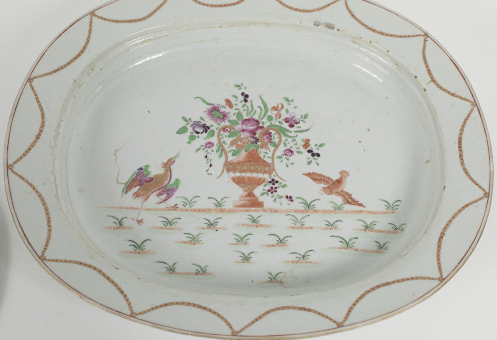 Finely Decorated 18th Century Chinese Export Mazarine Platter