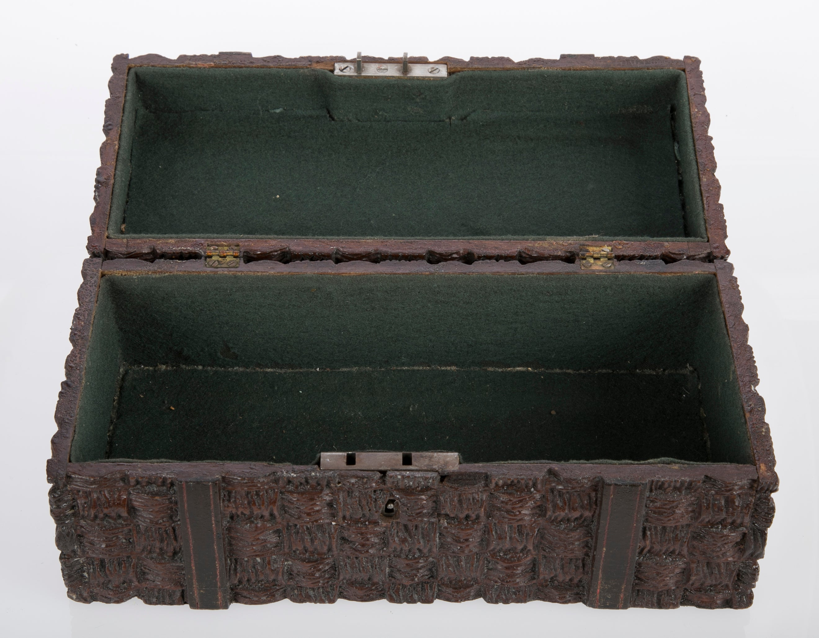 Box in Faux Wicker Form