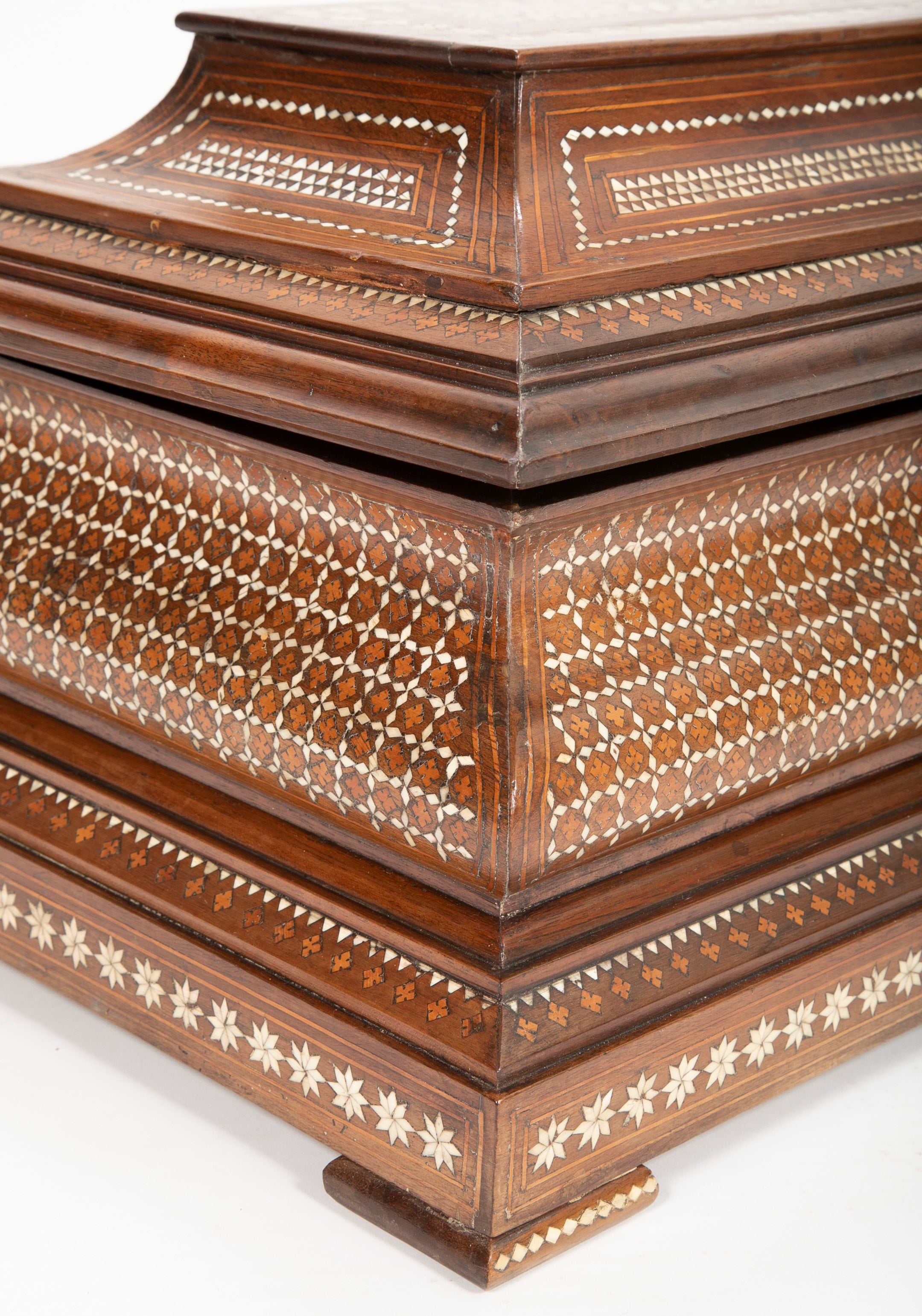 Anglo-Indian Hardwood Casket with Bone Inlay
