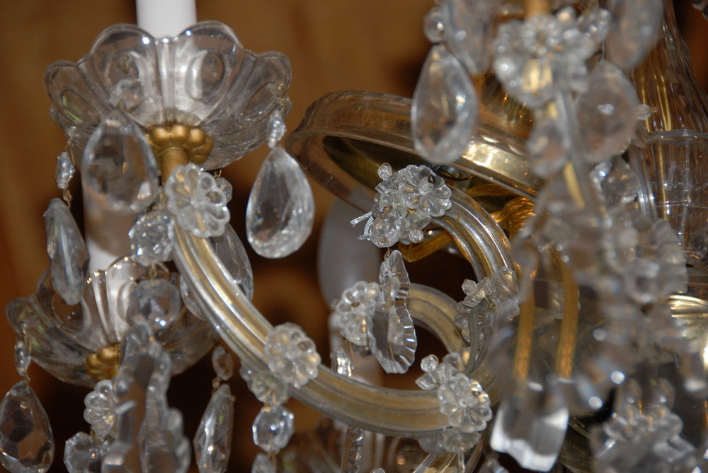 8-arm Crystal Chandelier