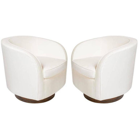 Pair of Milo Baughman Lounge Chairs with Swivel Bases