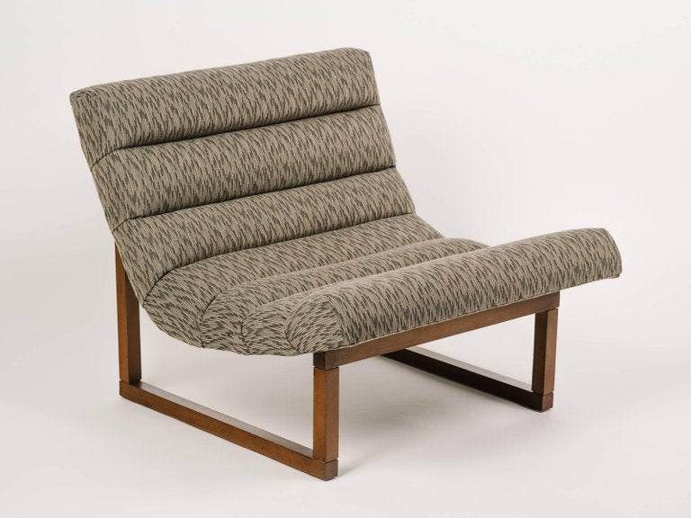 Pair Of Mid Century Scoop Lounge Chairs, In The Style Of Milo Baughman