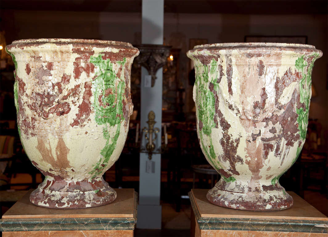 Exceptional Pair of Anduze Urns