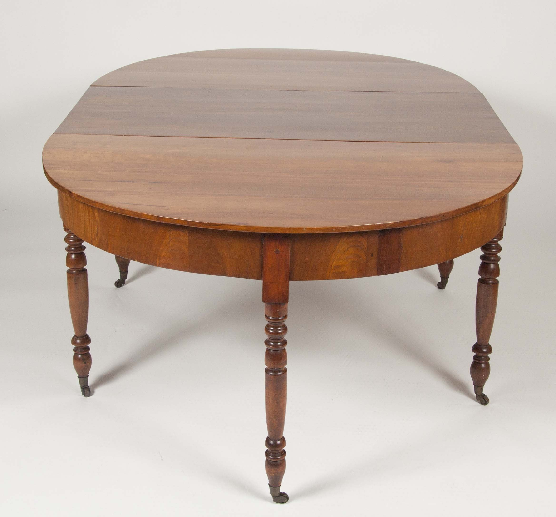 Pennsylvania Sheraton Cherry Wood Oval Table