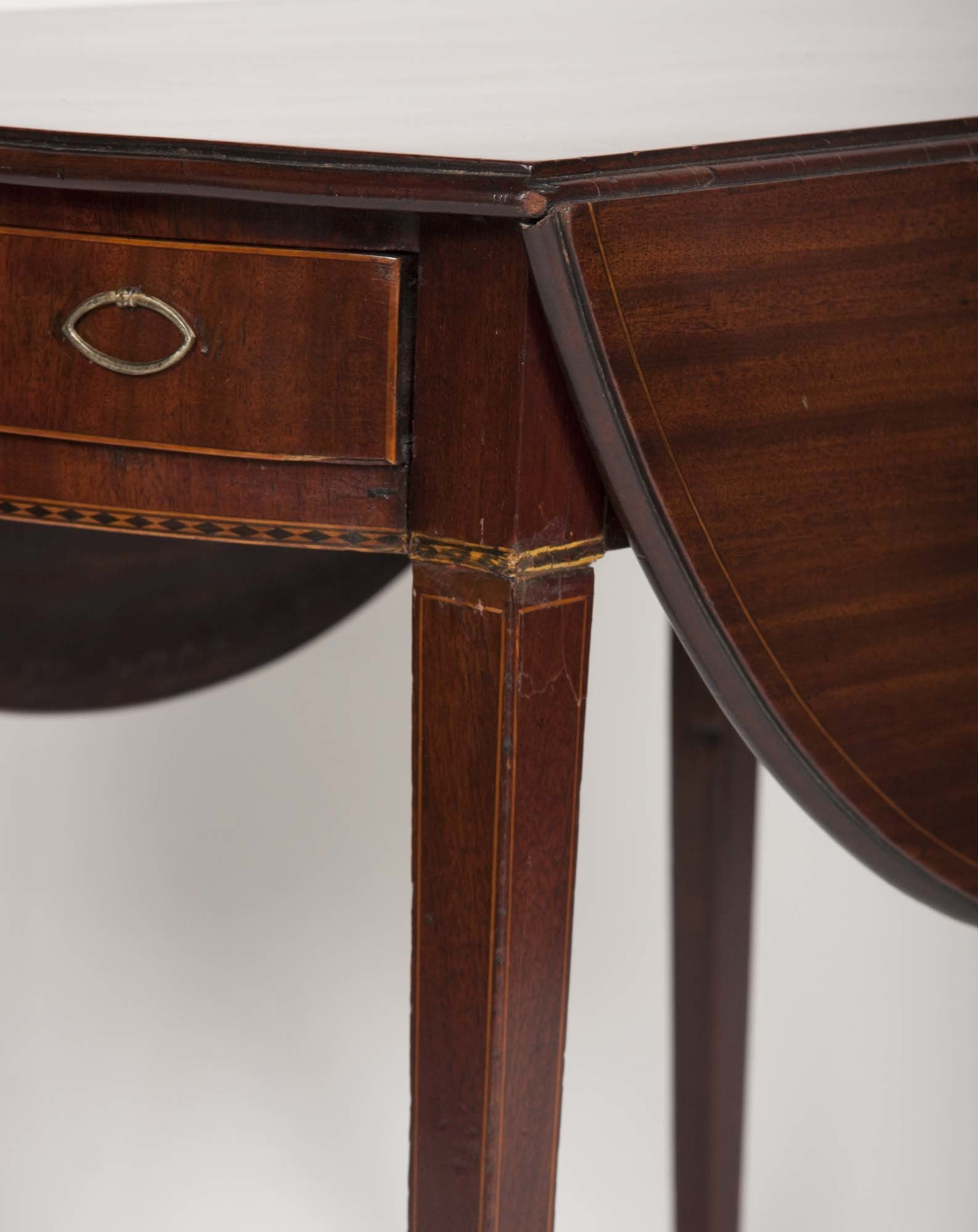 Mahogany Hepplewhite Pembroke Table