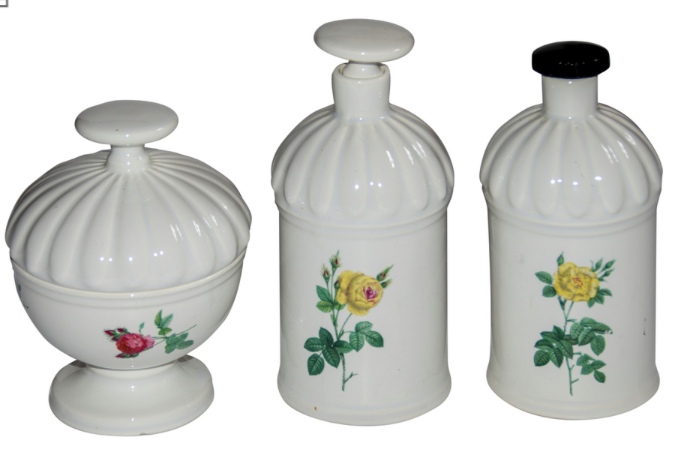 3-pc Gien Porcelain Bathroom Set
