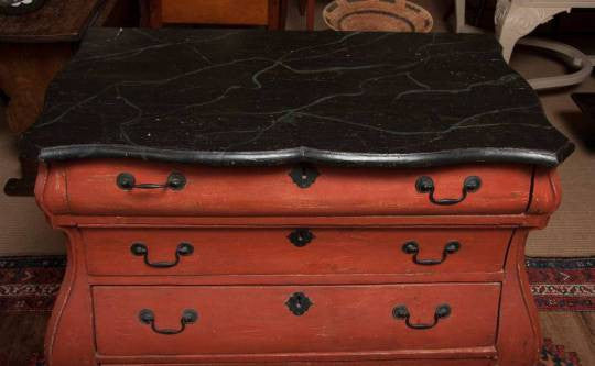 Continental Painted Bombe-Form Chest of Drawers
