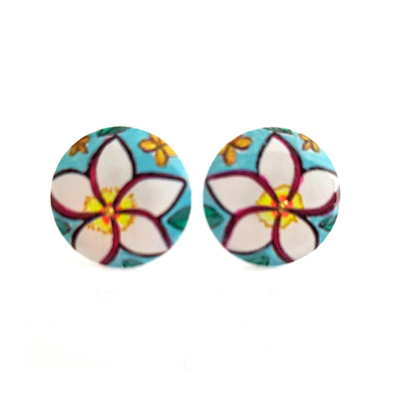 Medium Studs - round white frangipani