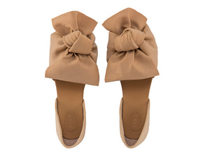 Knotty and nice ballerinas