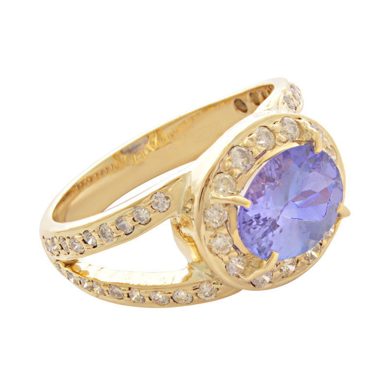 Ring-Tanzanite and Diamond