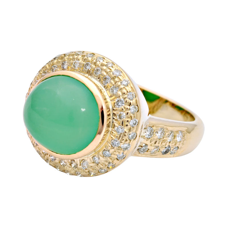 Ring-Chrysoprase and Diamond