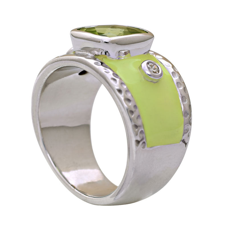 Ring-Peridot and Diamond (Enamel)