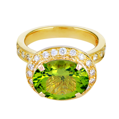 Ring - Peridot and Diamond