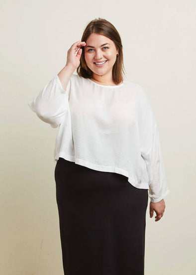SLOUCH TOP (WHITE)