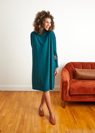 FROCK SQUARE TURTLENECK (JADE)