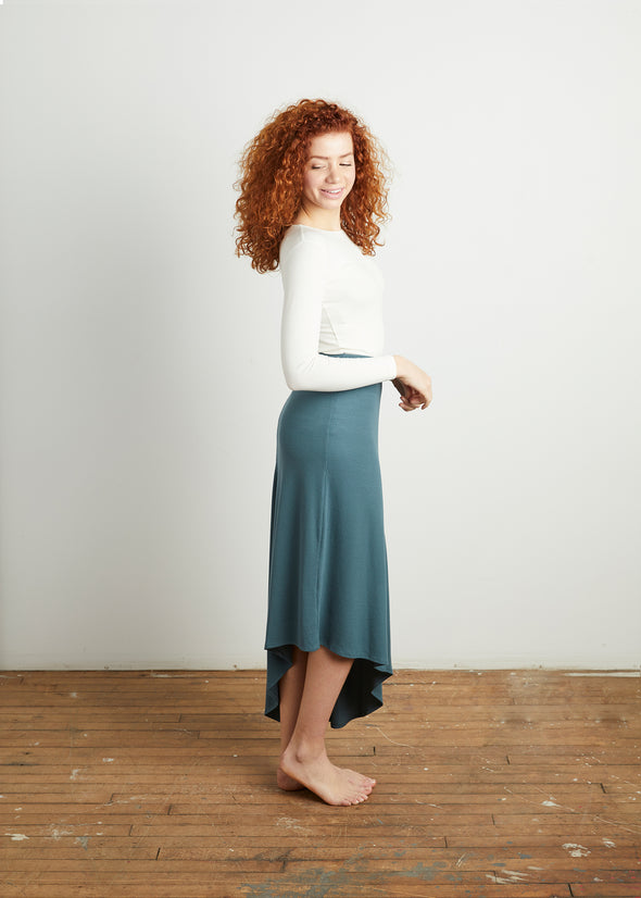 *FINE RIBBED* CASCADE SKIRT (TWILIGHT BLUE)