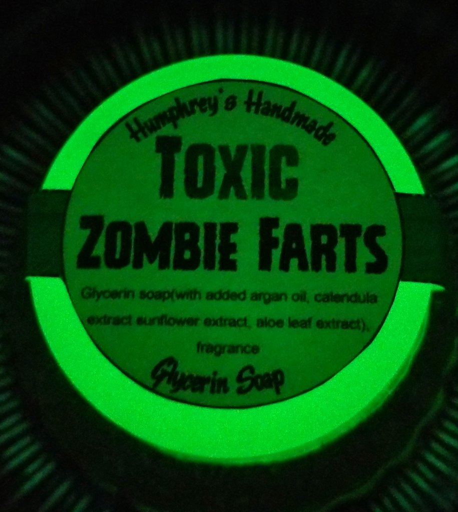 Action Shot! TOXIC ZOMBIE FARTS Glow in the Dark Soap