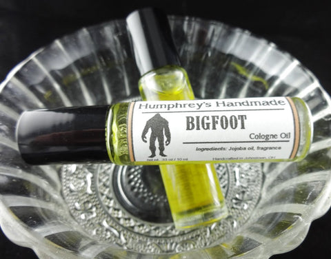BIGFOOT Cologne Oil | Oakmoss Sandalwood | Roll-On Jojoba Oil - Humphrey's Handmade