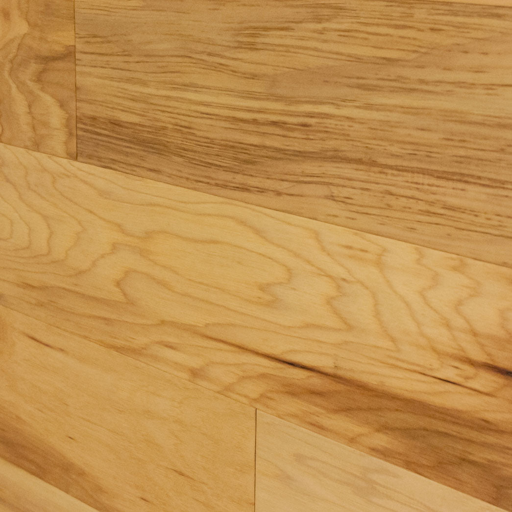 Xulon Highview Collection Hickory 5 Wide 3 8 Thick Handscraped Engineered Hardwood Flooring Sample