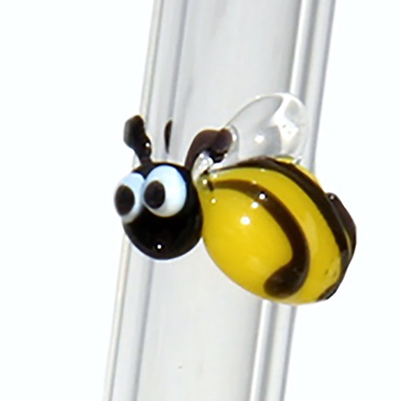 bumblebee reusable glass straw zoomed in