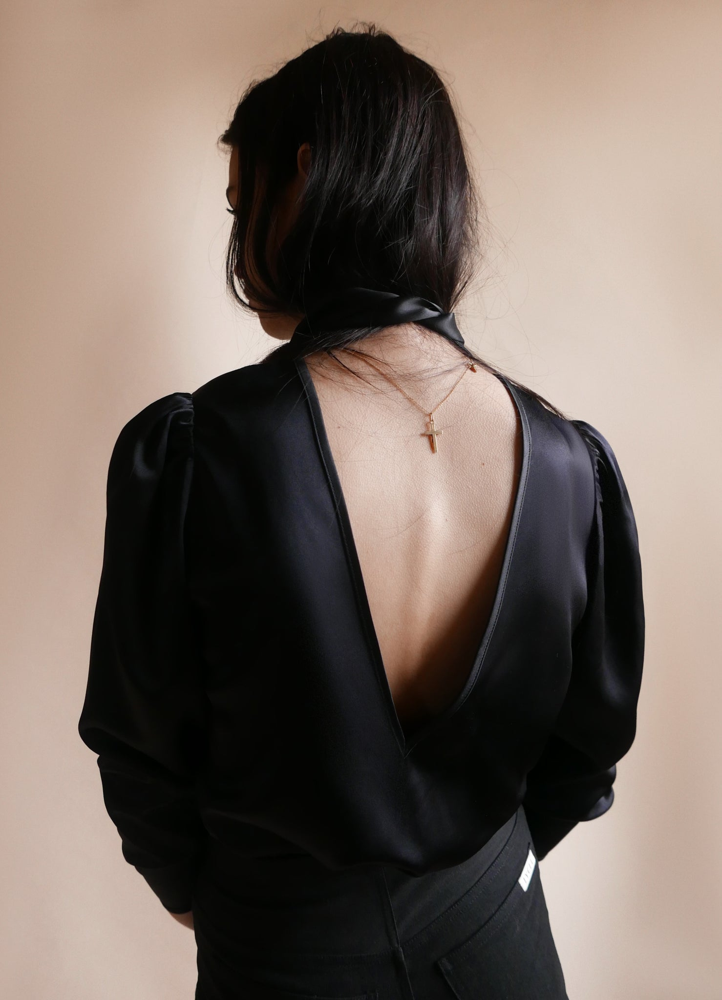 Low back Blouse