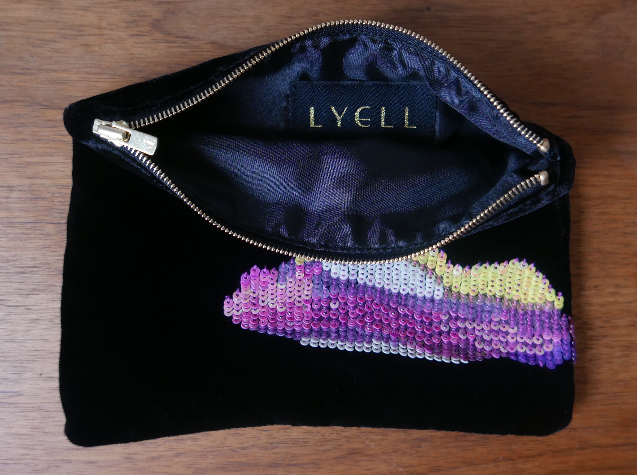 Sequin Cloud Purse on Velvet