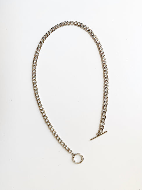 Kate Toggle Chain Necklace