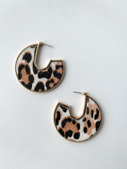 Textured Cheetah Earring