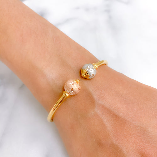 Star-cut double Orb Bangle Bracelet