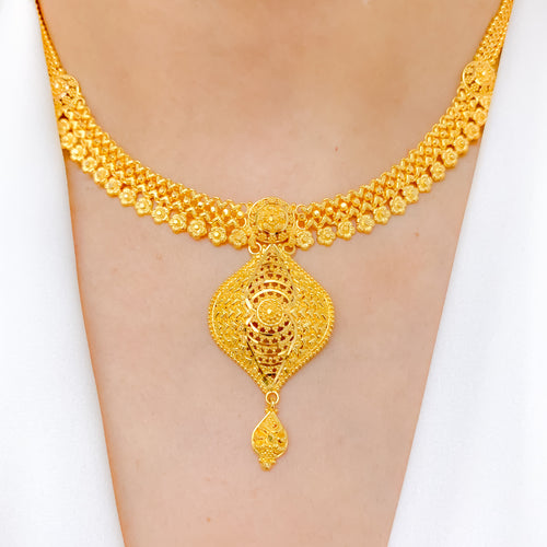 Elegant Medium Gold Set