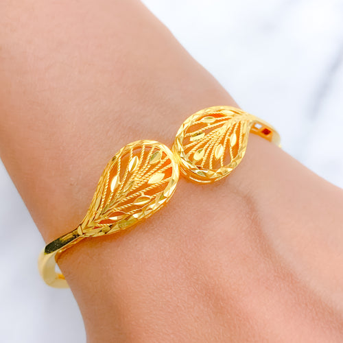 Elegant Yellow Gold Bangle Bracelet