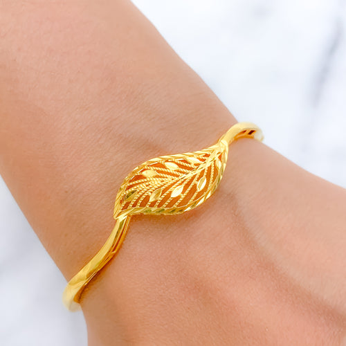 Shining Jali Leaf Bangle Bracelet
