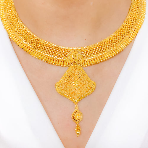 Opulent Yellow Gold Necklace Set