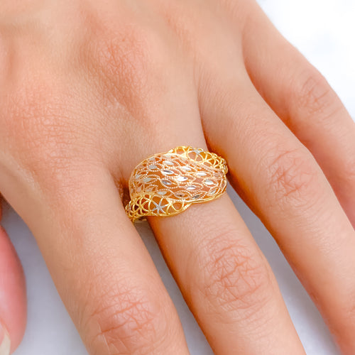 Modern Lightweight Feather Ring