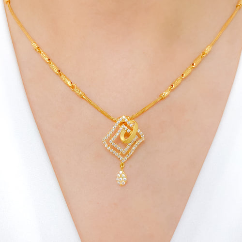 Chic CZ Pendant Chain Necklace Set