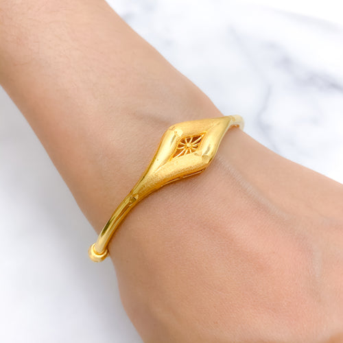 Matte & Shiny Pipe Bangle Bracelet