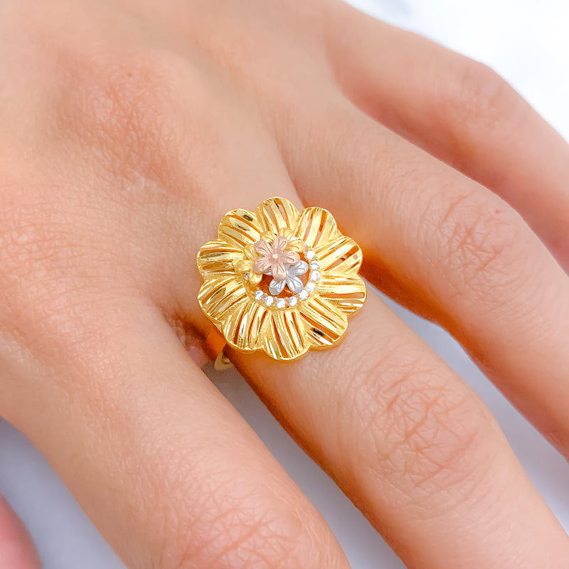 Charming Three-Tone Floral Ring