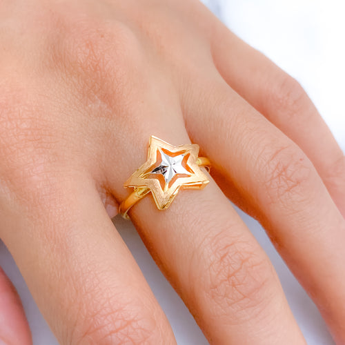 Shimmering Three-Tone Star Ring