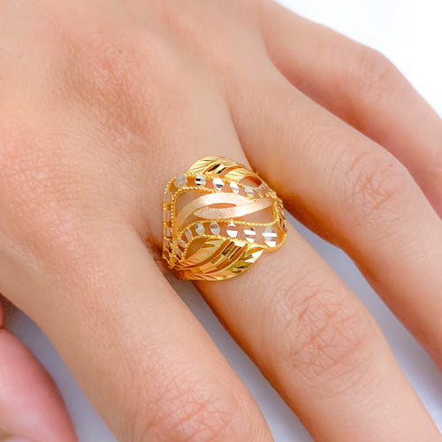 Curvaceous Three-Tone Ring