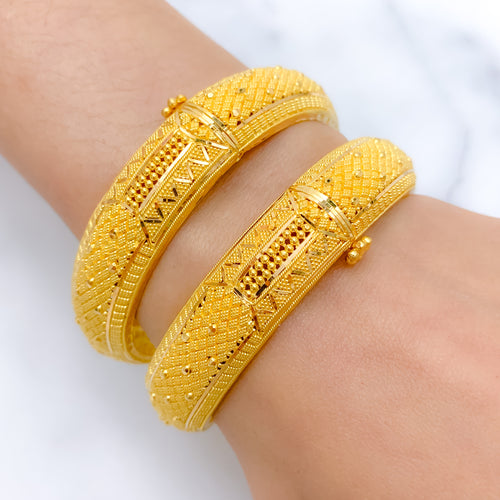 (Exchange Product) Ornate Rounded Bangle Pair