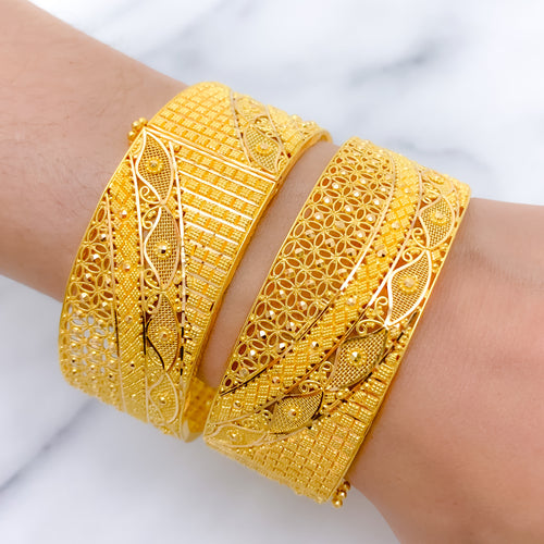 Grandeur Jali Work Bangle Pair