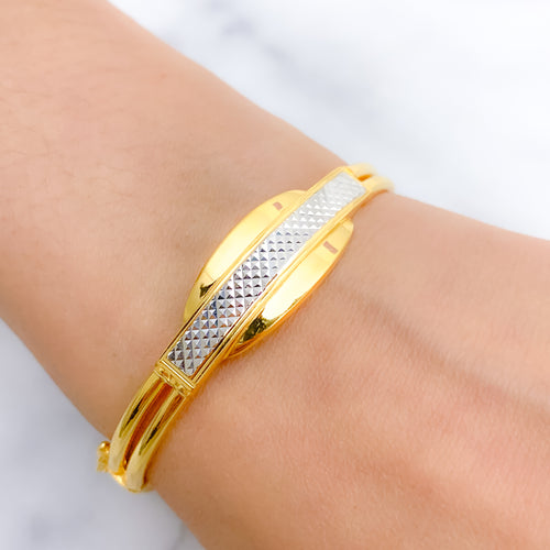 Chic Everyday Bangle Bracelet