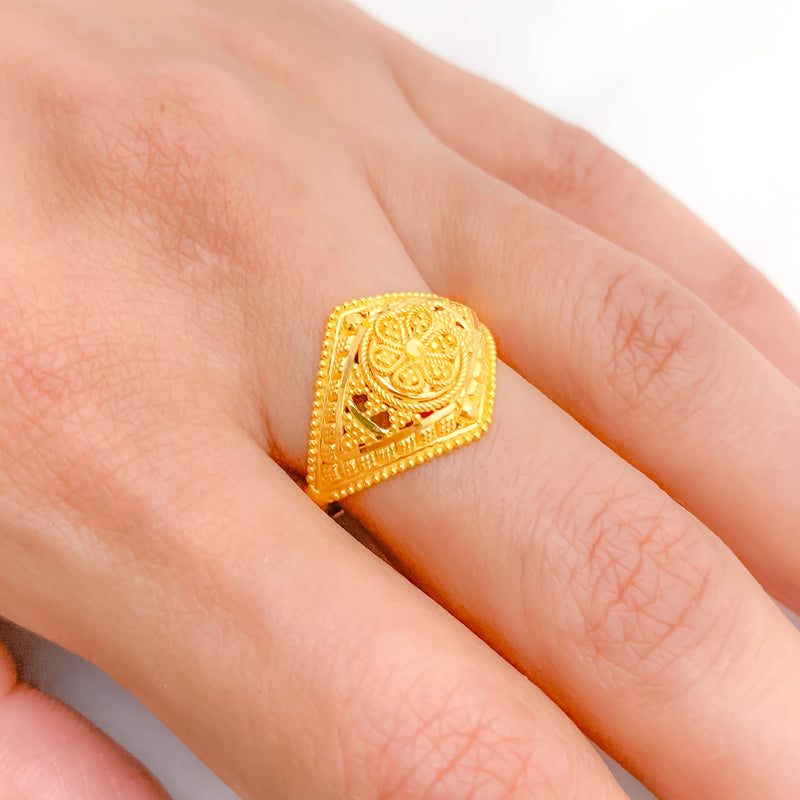 Marvelous Gold Ring