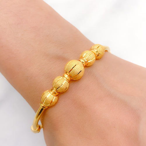 Refined Five Orb Bangle Bracelet
