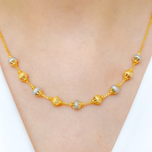 Elegant Alternating Two-Tone Necklace