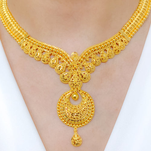 Elegant Elongated Chand Necklace Set